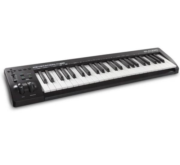 M-Audio Keystation 49 MK3 Side