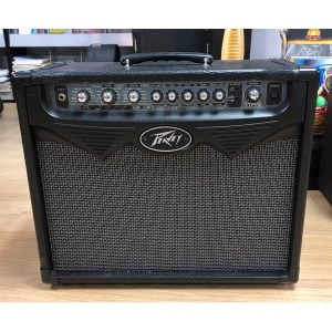 Peavey VYPYR 30 front
